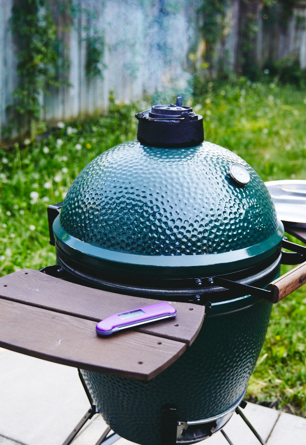 How to smoke chicken on Big Green Egg