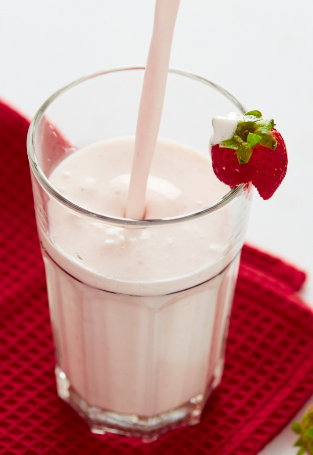 Learn how to make a milkshake without ice cream 6 different ways. From basic, to healthy, to advanced that tastes just like those made with ice cream.