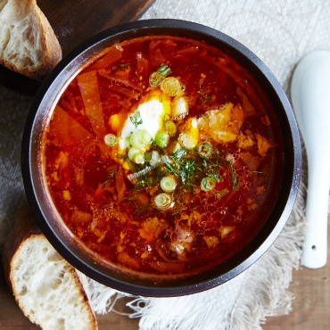 How to Make Borscht in 5 Easy Steps