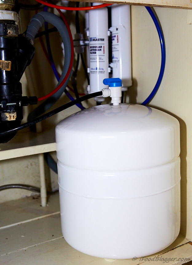Picking the best under sink water filter for home - why you need a good filter, pros and cons of different water filters, what products are available.
