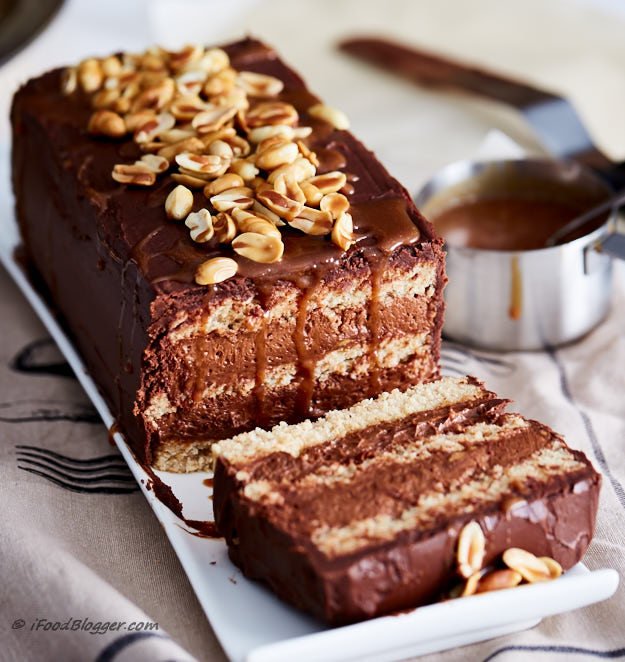 Chocolate Mousse Cake with Roasted Peanuts - i FOOD Blogger