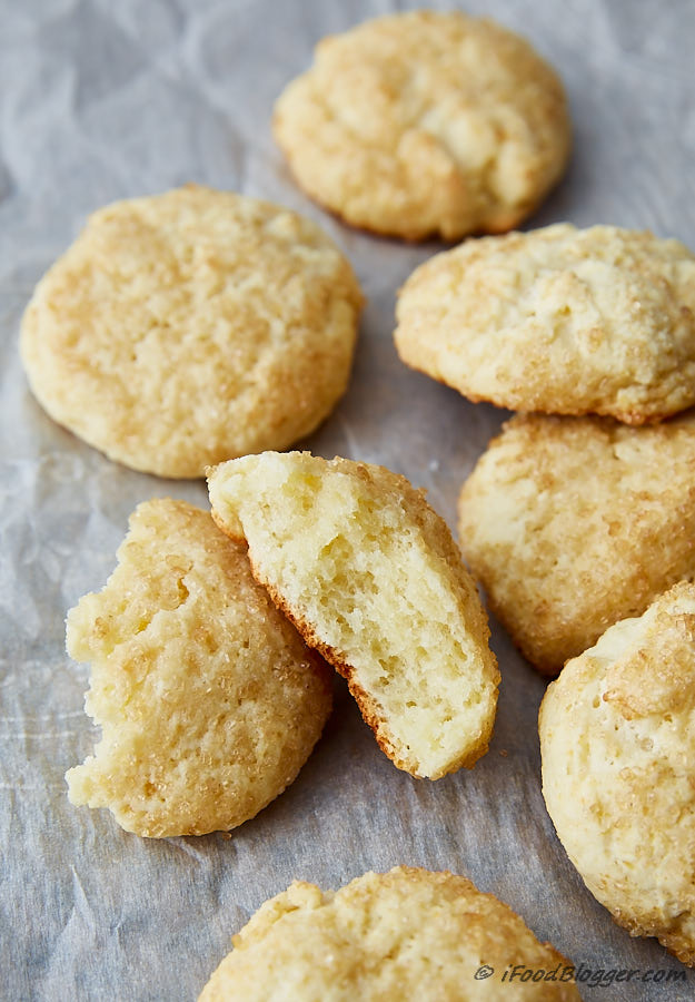 These ricotta cheese cookies are soft and delicate and always generate a lot of compliments. It's important not to overcook them. Very simple to make and taste heavenly.