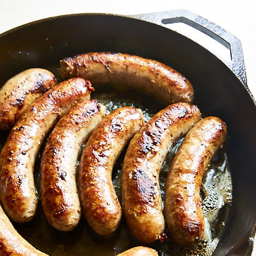 Cooking Brats In Cast Iron Skillet