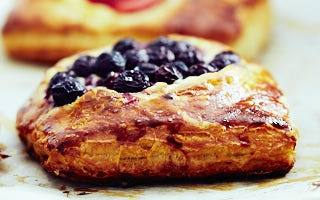 Berry and cheese danish recipe from scratch.