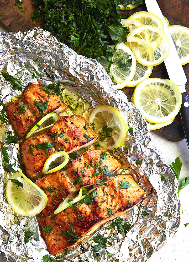 Want to make a perfectly cooked broiled salmon? Use this recipe, tips and the technique to make the best tasting, beautifully caramelized salmon in minutes.