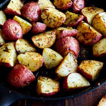 Rosemary Garlic Roasted Red Potatoes