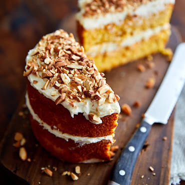 Light and Very Moist Flourless Carrot Cake