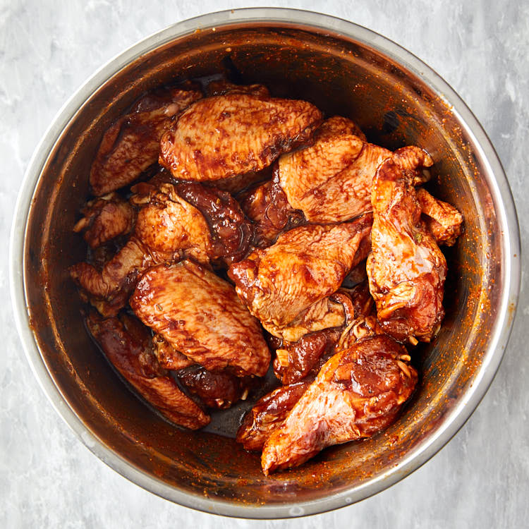 Marinated Broiled Chicken Wings - Preparing the madinade