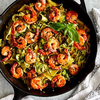 Homemade pesto shrimp pasta made quickly and easily, a great recipe for a busy weekday dinner. | ifoodblogger.com
