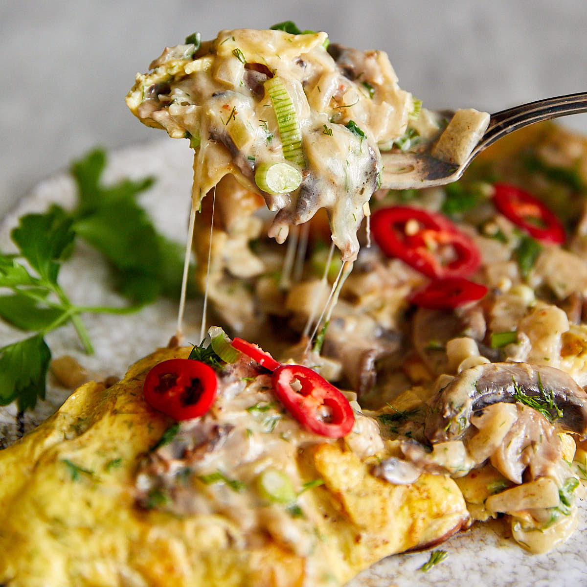 Mushroom Omelette with Creamy, Cheesy Mushroom Filling